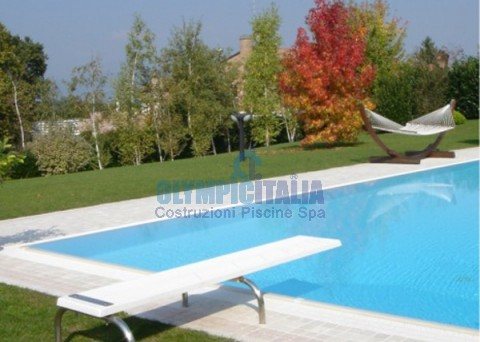 Trampolines Pool Malta